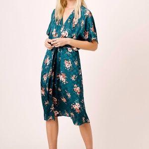 Lovestitch Amelie Floral Kimono Sleeve Dress, S